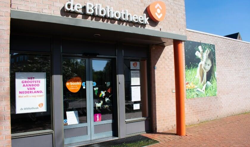 <p>Het Taalcaf&eacute; vindt plaats bij de bibliotheek aan de Pouliestraat.</p>
