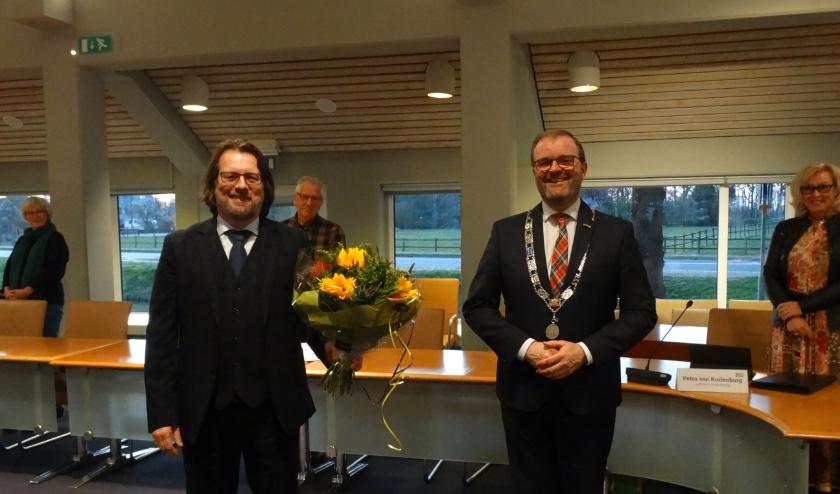 Hans van der Graaff neemt vanaf 1 april het stokje over van plaatsvervangend griffier Koen Steenbergen.