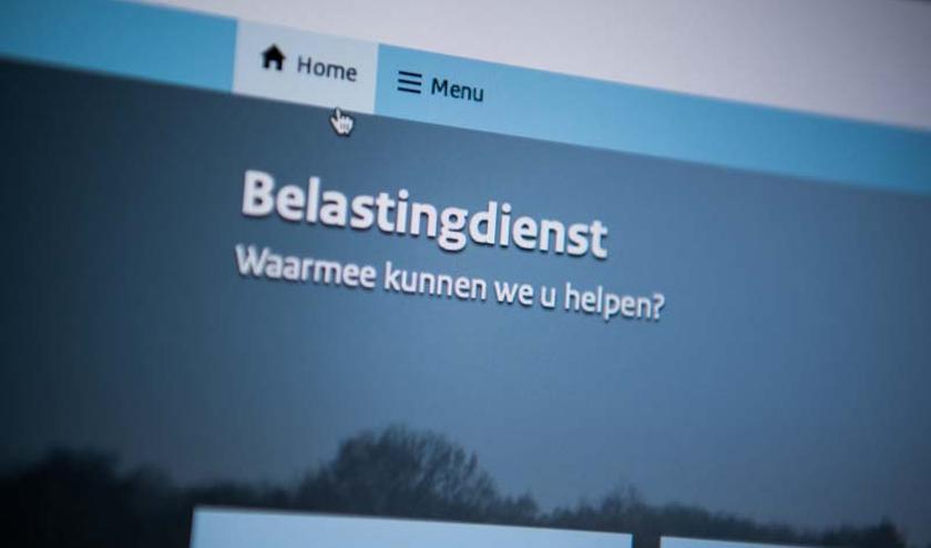 Uitstel aanvragen kan tot 1 mei, op Belastingdienst.nl/aangifte of via de Belastingtelefoon. Uitgezonderd zijn mensen die aangifte moeten doen als ondernemer.