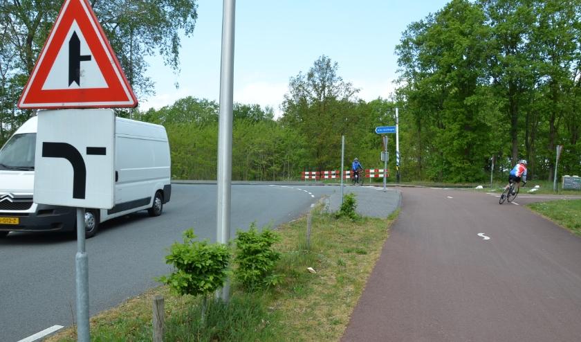 In de bocht van de Slowlane en Terraweg is de nieuwe fietsersbrug over het Wilhelminakanaal gepland.