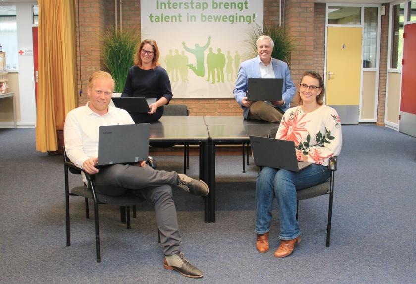 Het team van Interstap Westervoort. V.l.n.r.: Niels Schoterman, Marianne Evers, Henri Sanders en Linda Jansen.