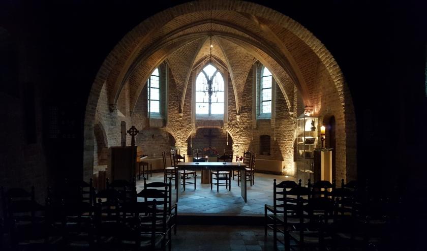 Interieur Ressense kerk