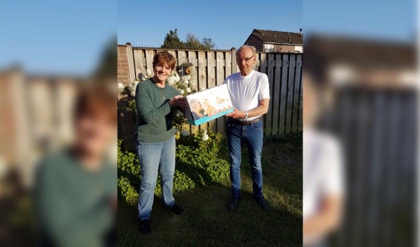 Donatie robotpoezen Jeanne en Jan Smulders