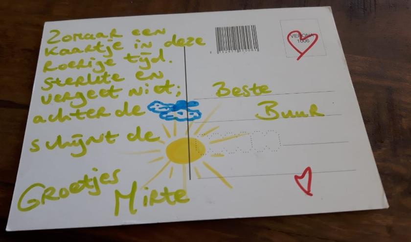 Een van de vele kaarten die op de deurmat van appartementengebouw Die Fledermaus plofte.