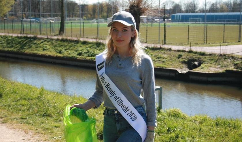 Romy deed onlangs mee aan de landelijke actie Supporter van Schoon. Zij hielp mee om in de omgeving van de Vrekenhorst de boel te schonen.