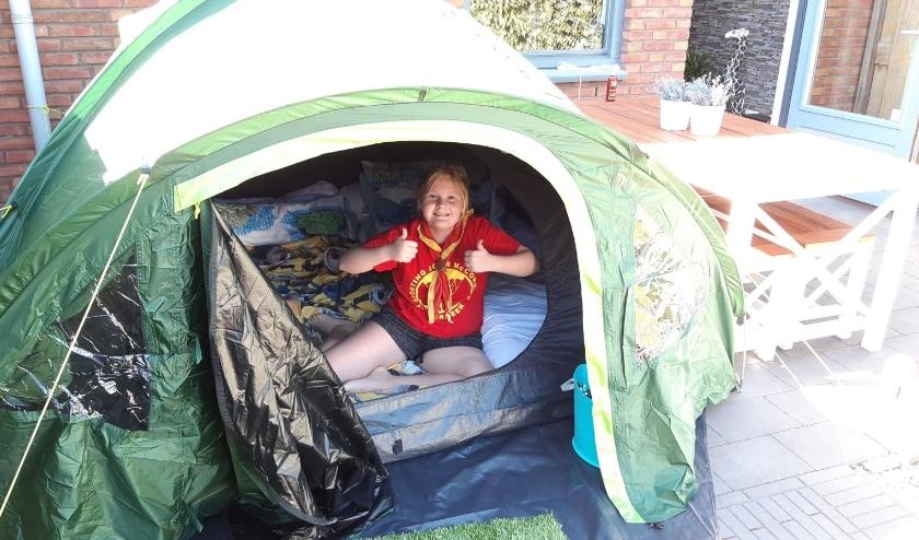 Sofie, welp bij Scout JMC scout thuis