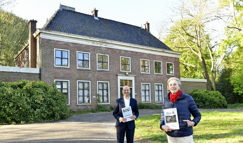 Willemijn Ambtman presenteert Plan B als antwoord op de plannen van wethouder Armand van de Laar (foto: Erwin Dijkgraaf)