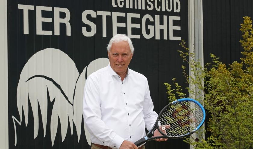 Eric Mookhoek en tennisclub Ter Steeghe zien de jeugd terugkeren naar de courts. (Foto: John de Pater)