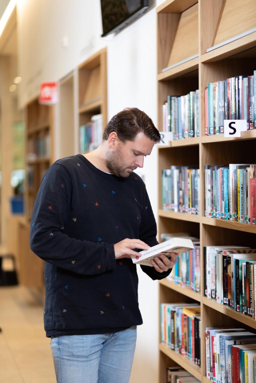 De bibliotheek is vanaf woensdag 3 juni weer geopend. In eerste instantie alleen voor leden en met regels en voorwaarden.