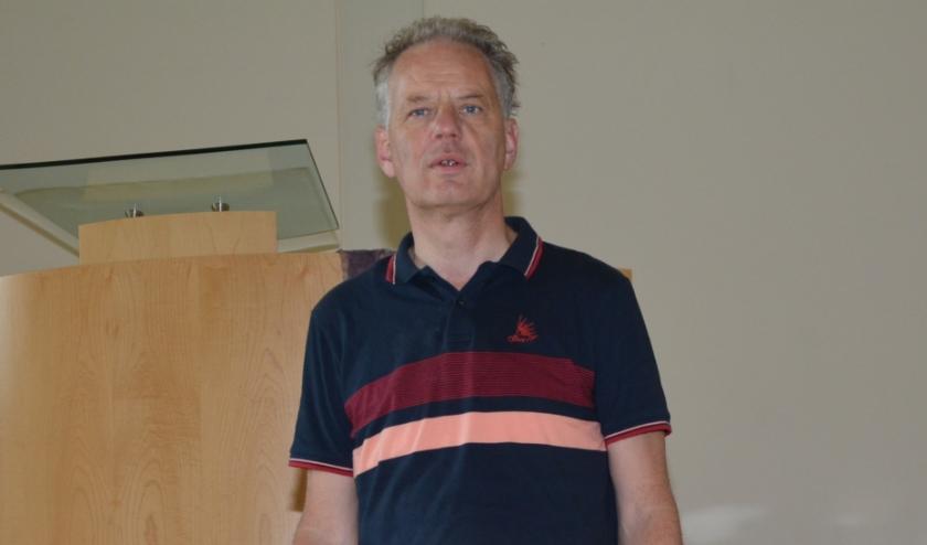 """Ds. Maarten van Loon: """"Nietig virus maakt mensen heel klein."""""""