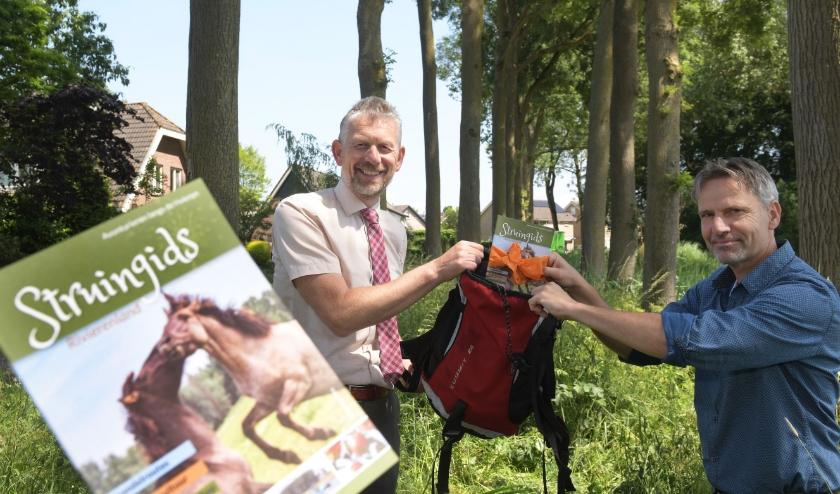 Jan de Boer links en Jan van den Berg rechts. (foto: via gemeente Buren)