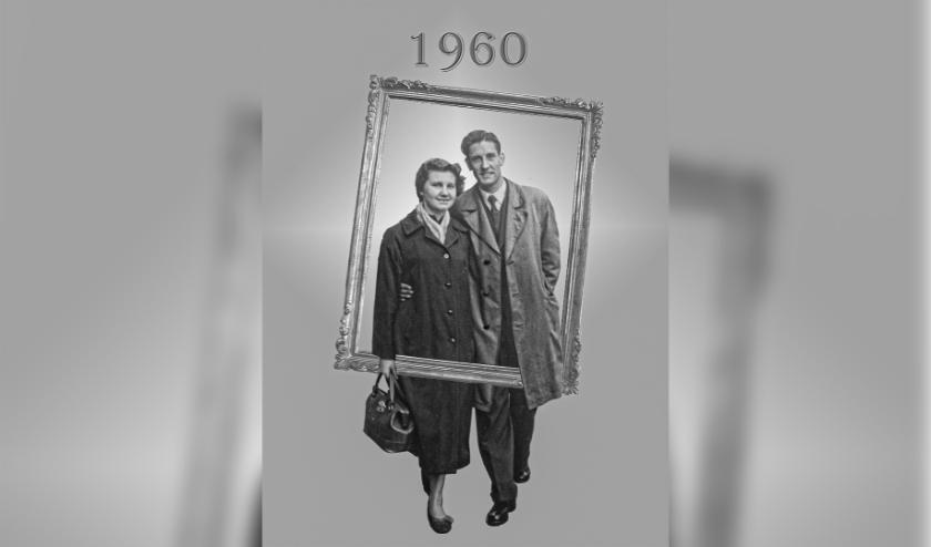 Wim en Diny Mulder in 1960. Het echtpaar was afgelopen maandag zestig jaar getrouwd. Vanwege de coronacrisis wordt er hopelijk later dit jaar een feestje gevierd. (foto: PR)