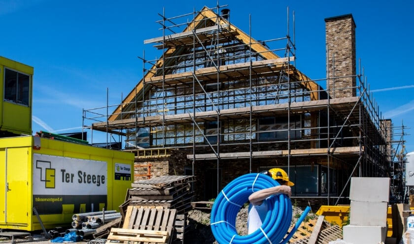 RIJSWIJK - Walter Vermeulen, directeur Ter Steege Bouw West bij de bouw van woningen in Sion/Rijswijk voor Delft Business nummer 14 COPYRIGHT RONALD SPEIJER