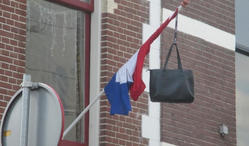 Vanaf 4 juni zullen meerdere vlaggen gaan wapperen want dan zijn de uitslagen bekend van de examens.