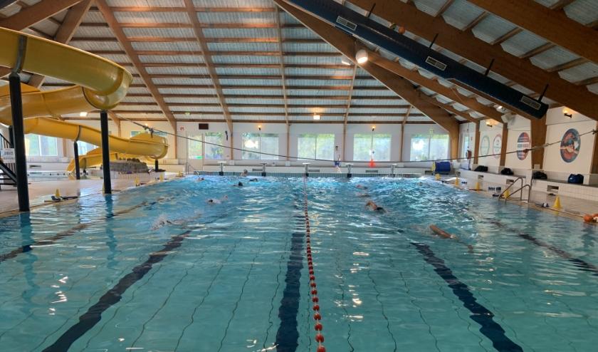 Zwemmen tijdens coronarcrisis (foto: Sharonne Bos).