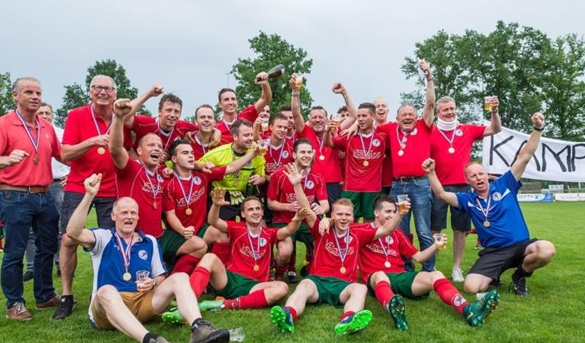 2018: kampioen Heeze 1 in 2e klasse! Foto: G. Henselmans