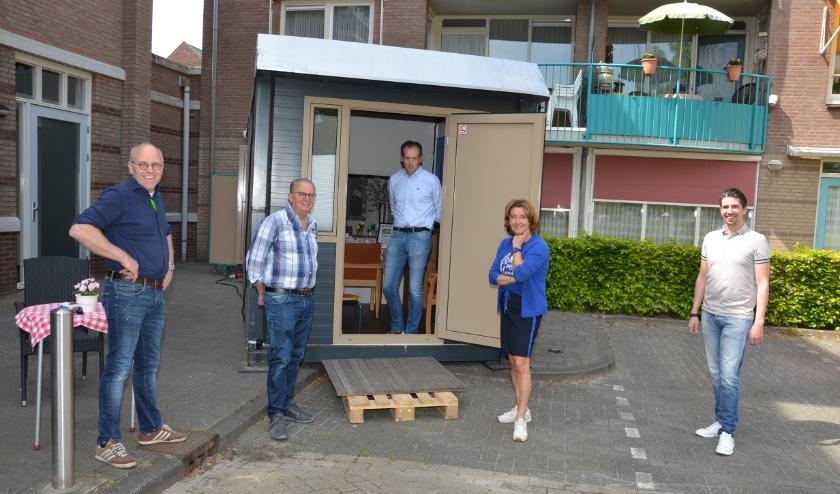 Op de foto vlnr: Erwin Kenter, Jan van de Ven, Ton Henst, Lisette van Druenen en Matjan van de Ven.