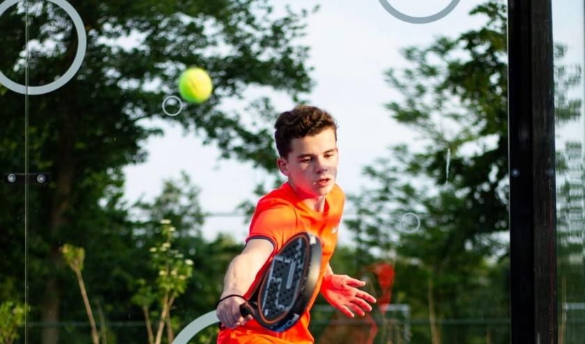 De tennis- en padelbanen (foto) van TV Bergenshuizen in Vught zijn weer geopend.