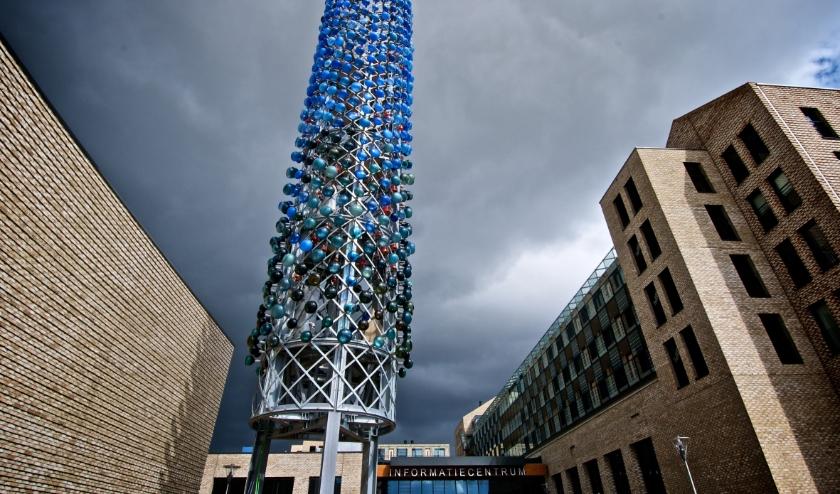 De Zingende Toren is een uniek carillon gemaakt van glazen klokken. Eigen foto