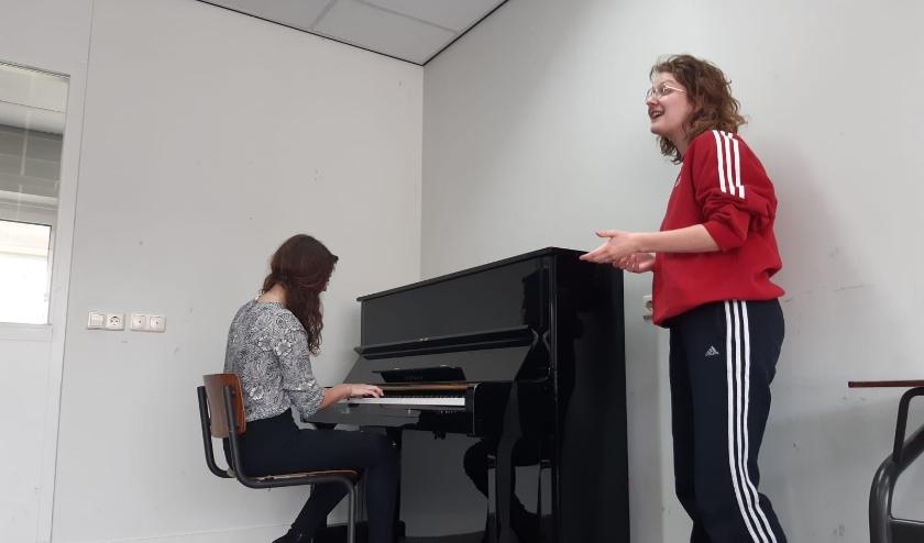 Studenten van de verschillende kunstacademies in de provincie Brabant hebben gezamenlijk artistieke acties opgezet.
