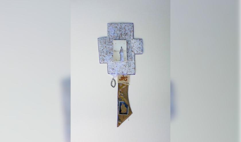'Assemblages vol vervlogen herinneringen' van Marijke Leertouwer