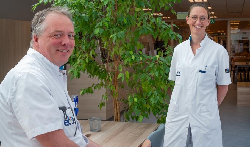 MKA-chirurg Andy van Veen en KNO-arts Annemarie Vesseur zijn trots op de erkenning.