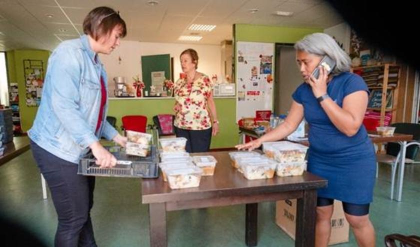 Het Wijkplatvorm Vreeswijk uit Nieuwegein is juist een initiatief gestart om de meest kwetsbare groepen in hun omgeving te ondersteunen met warme maaltijden. Eigen foto