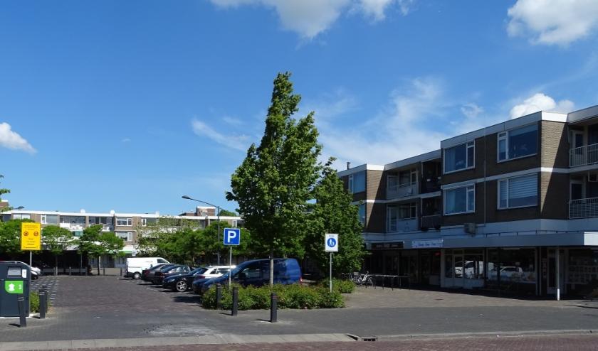Na sluitingstijd vinden velen zich in en rond winkelgebieden, zoals Holierhoek (foto), niet op hun gemak. (foto: DPG.gsv)