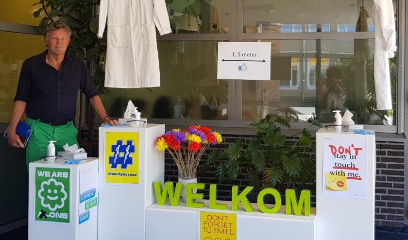 Woordvoerder Rein Tanis creëerde een speciale welkomsthoek voor de leerlingen van Groevenbeek.