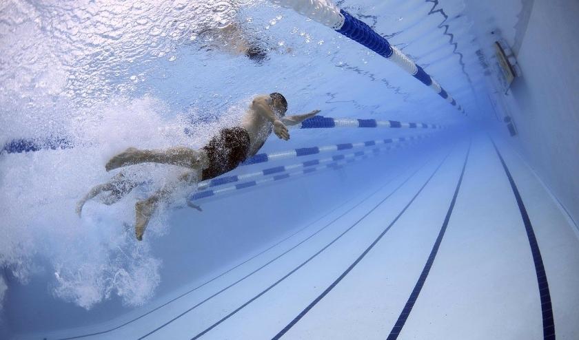 De zwembaden gaan, weliswaar beperkt, weer open.