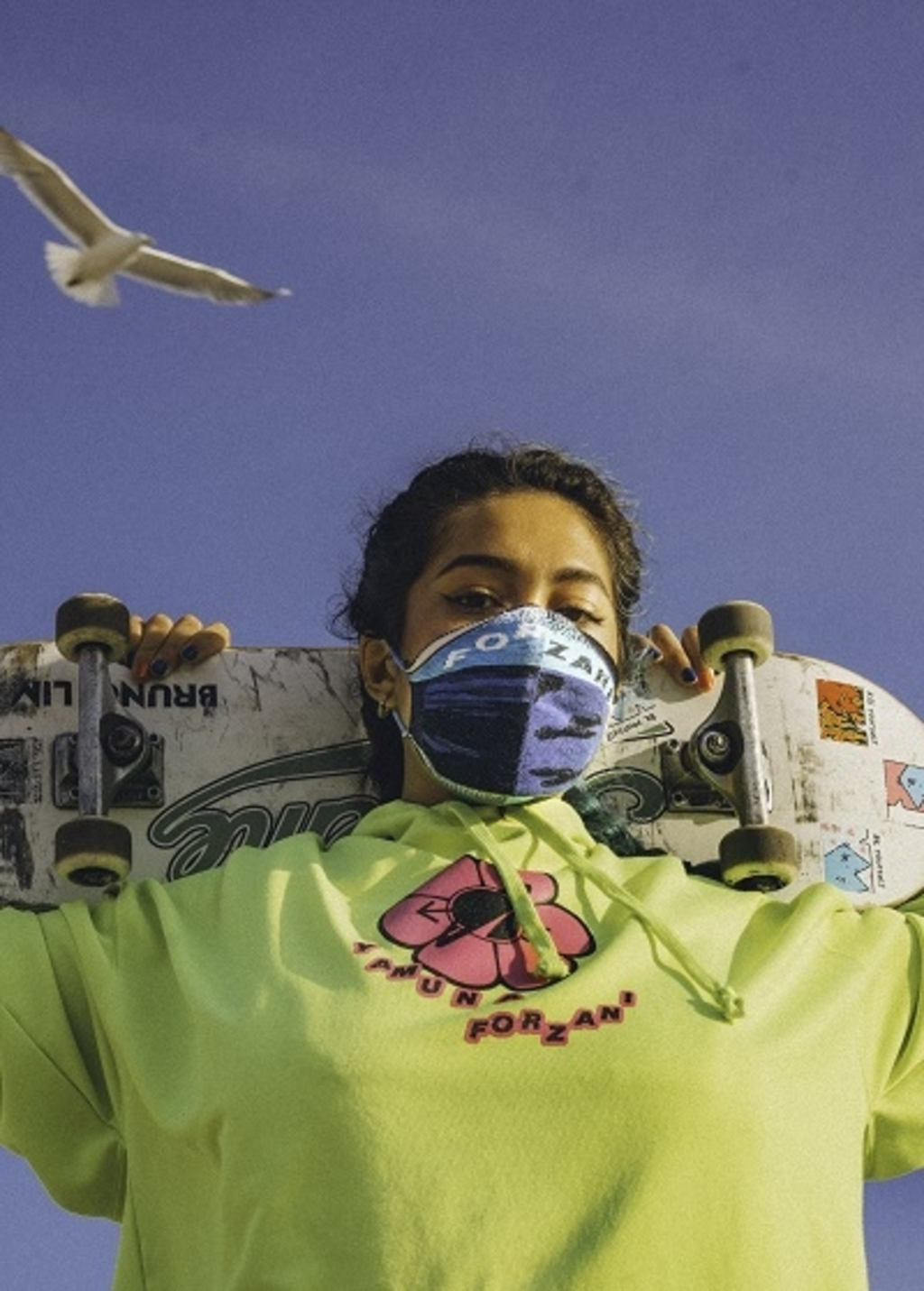 Designer masks by Yamuna Forzani x TextielMuseum, 2020. Foto: Sydney Rahimtoola © DPG Media