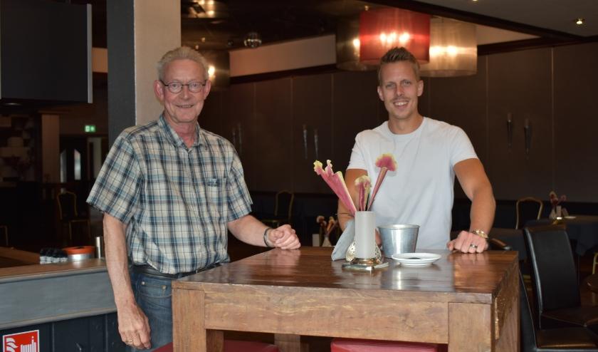 Nico Griffioen van zalencentrum Het Anker en Richard Nijkamp van restaurant Anno 1987 vinden het belangrijk dat gasten zich ook in deze tijd prettig voelen.