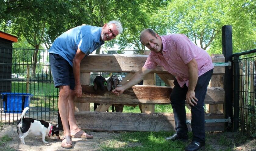 Harold van den Berg en Rene te Wierik zijn blij dat Dierenweide Dieze Oost open gaat.