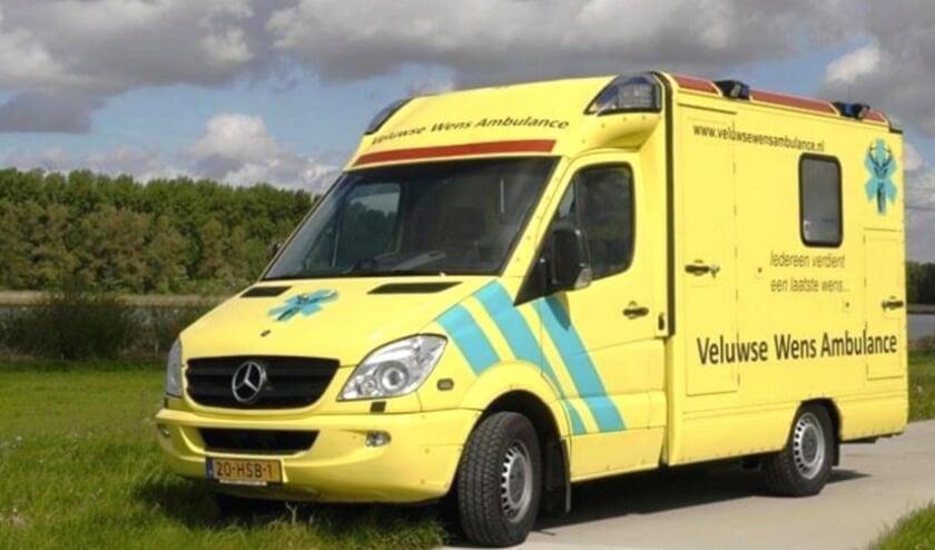 De beschikbaar gestelde ambulance.