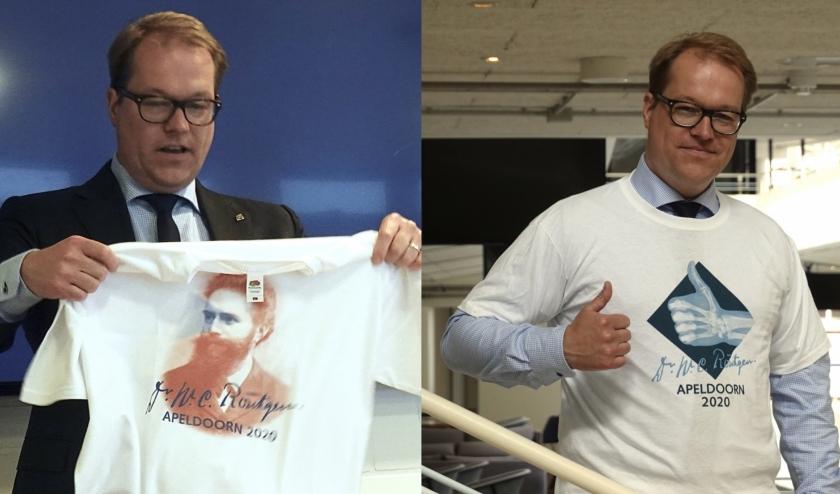 wethouder Maarten van Vierssen neemt T-shirts in ontvanhgst