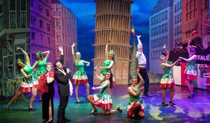 Italië scène uit de revue.