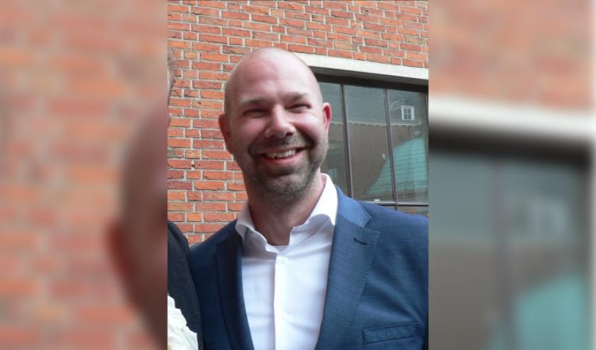 Na ruim een jaar verlaat financieel wethouder Sebastiaan Nieuwland alweer de gemeente Vlaardingen om burgemeester van Uitgeest te worden. Foto: Peter Spek