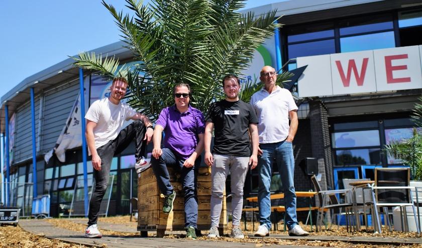 Maarten, Laurens, Diëgo en Peter van 'Sweet Garden' zijn er helemaal klaar voor. Foto: Robbert Roos