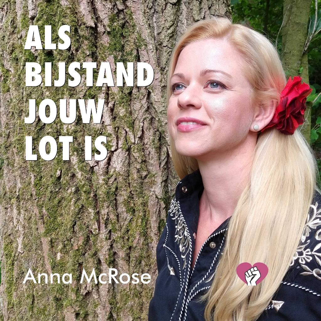 Promotiefoto van de track 'Als bijstand jouw lot is', te zien is countryzangeres Anna McRose (Anice Pongers) (Foto: Benno Roelink)  © DPG Media