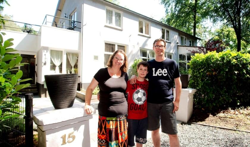 In 2017 verhuisde Ingrid van der Lee met man Ard en kinderen Lucas en Anouk van de Randstad naar Apeldoorn om er een B&B te beginnen.  (foto Gert Perdon)