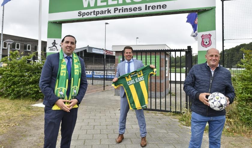 Op de foto v.l.n.r.: Mohammed Hamdi , Björn Lugthart en Hans Lammertink Foto: Erwin Dijkgraaf