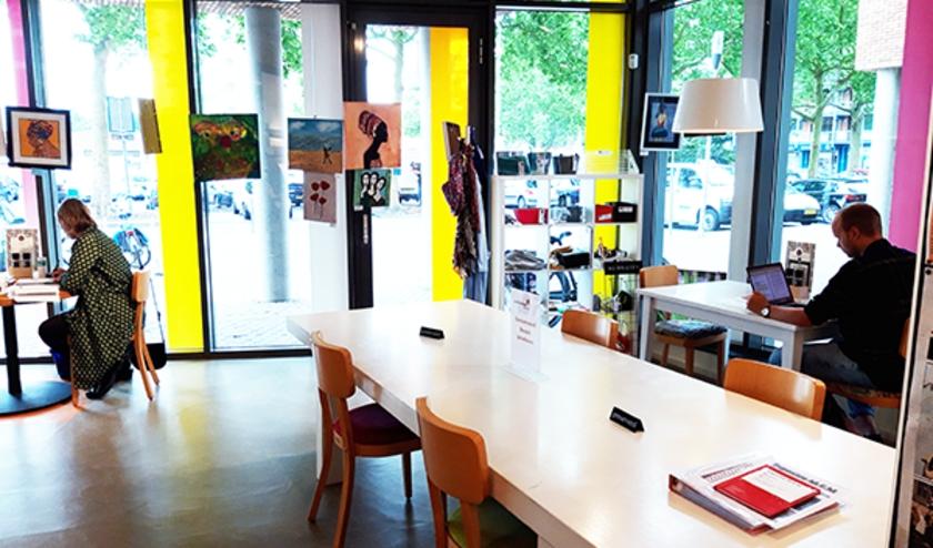 De Bibliotheek Keizerslanden opende al op 15 juni de deuren als verblijfsbieb. Vanaf maandag volgen ook andere vestigingen van de Bibliotheek Deventer.