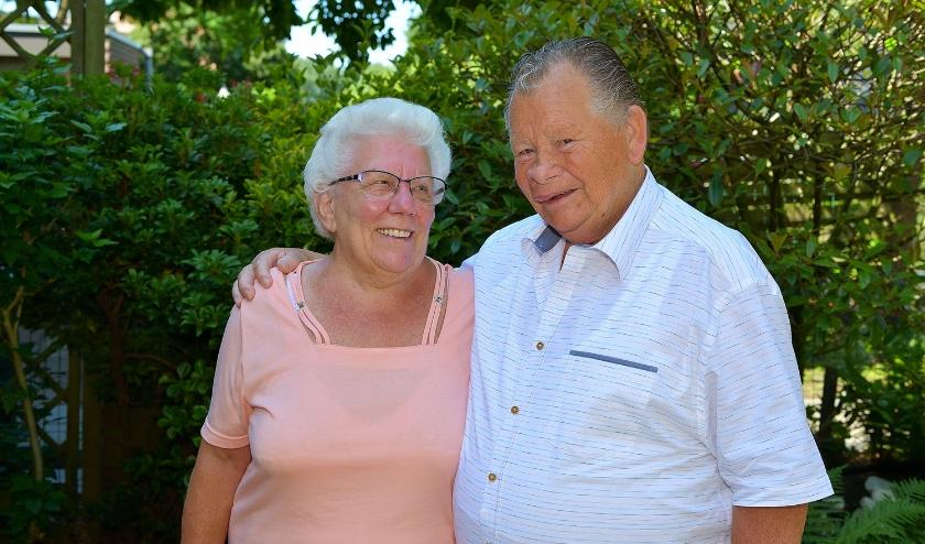 Koos en Jenny Vonk zijn zestig jaar getrouwd. (Foto: Jan van der Arend)