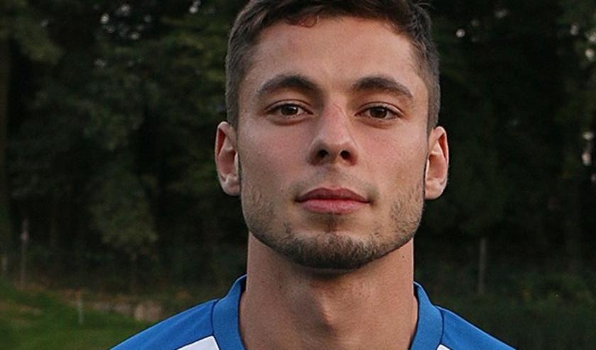 Emilj Astimirov keert, na een jaar voor het Doorwerthse Duno te hebben gespeeld, weer terug naar SKV.