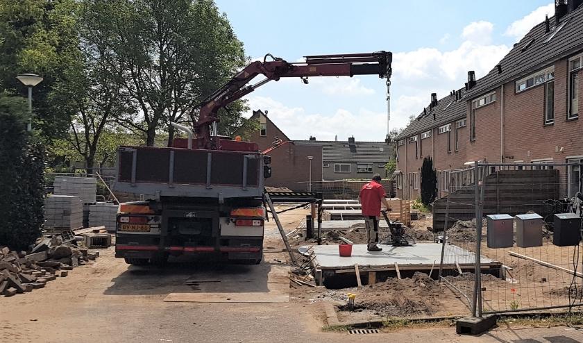 Onlangs was de herstart. Binnen afzienbare tijd hopen de Renkumers het nieuwe schuurtje in gebruik te kunnen nemen. Foto: gertbudding.nl