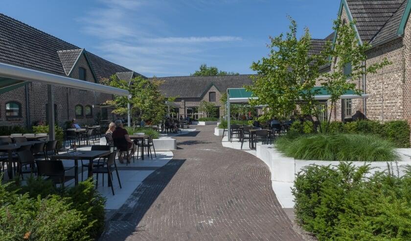 Het terras bij de Achelse Kluis. (Foto: Fotodemeus)