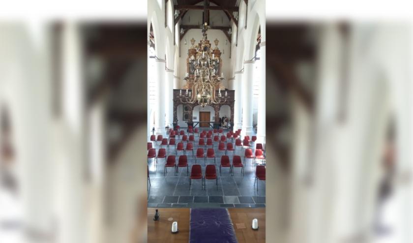 Het aangepaste interieur van de Grote of Barbarakerk.