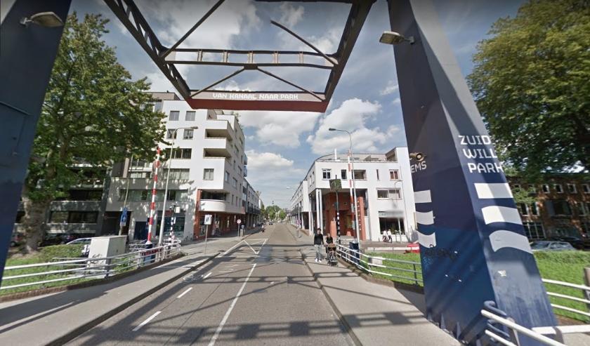 Nu ziet de Van Berckelstraat er nog zo uit, maar dat gaat binnenkort veranderen. Foto: Google Streetview