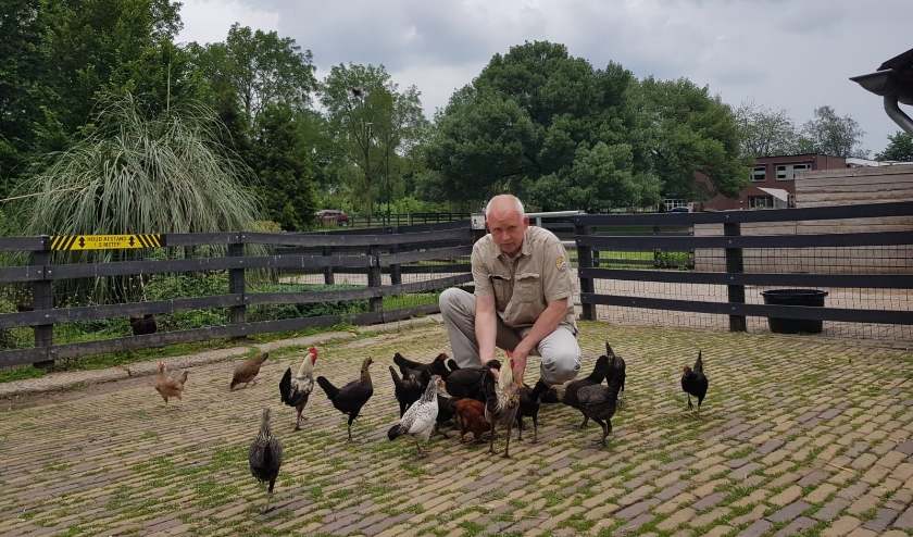 Wie recent kinderboerderij Laag Buurlo heeft bezocht, heeft het misschien gemerkt: beheerder Bertus Pols is afwezig.