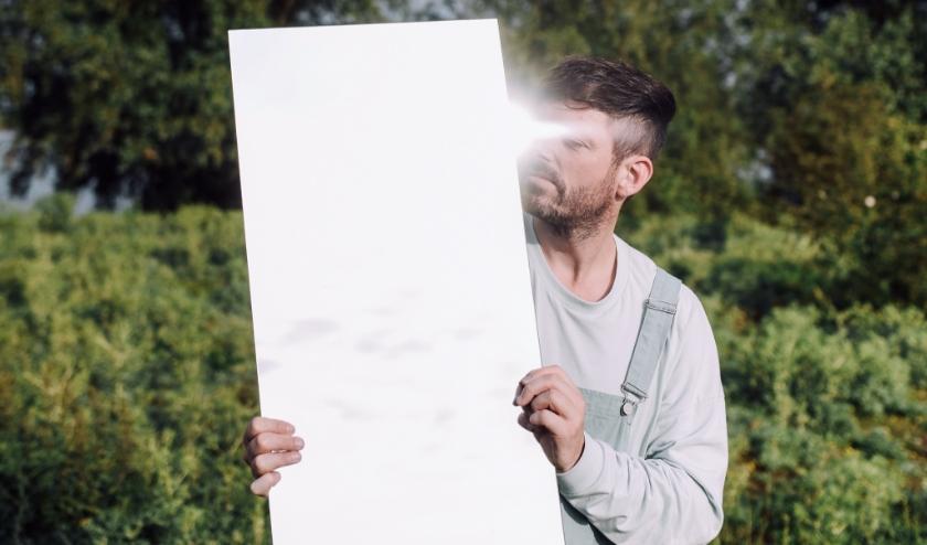 'Nieuw Elke Morgen' is de debuutsingle van Hoogtediepte. Geschreven door Nijmeegse Co Peters